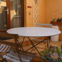 Duplex Apartment with Private Terrace (5 Adults)