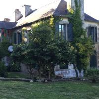 Hotel Pictures: Villa Route de Brouel, Locmiquel