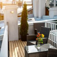 One-Bedroom Apartment with Terrace on Rudanskogo Street 3