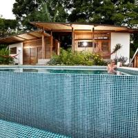 Hotel Pictures: The Almond House, Mal País