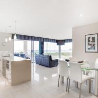 Three-Bedroom Executive Apartment with Ocean View - Ocean 1