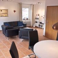 Hotel Pictures: Ferienhaus am Schwabennest, Berumbur