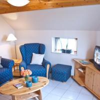 Hotel Pictures: Ferienhaus hinterm Sommerdeich, Dornumersiel