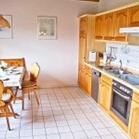 Hotel Pictures: Ferienhaus Wiesenweg, Neßmersiel