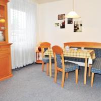 Hotel Pictures: Nordisches Ferienhaus Wacholderweg, Berumbur