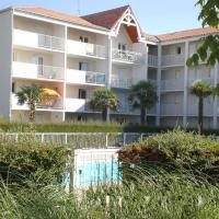 Hotel Pictures: Apartment Vaux sur Mer 4791, Pontaillac