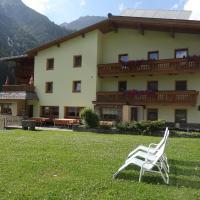 Hotel Pictures: Apartment St. Leonhard im Pitztal 331, Köfles