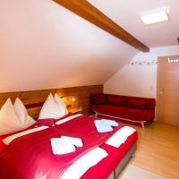 Hotel Pictures: Gästehaus Mandl, Murau