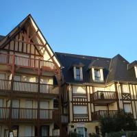 Hotel Pictures: Apartment Blonville sur Mer 4368, Bénerville-sur-Mer