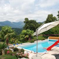 Hotel Pictures: Holiday Home Villa Luganese 1576, Cadro