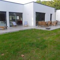 Hotel Pictures: Holiday Home Tosse 4238, Tosse