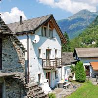 Hotel Pictures: Holiday Home Gerra-Verzasca 1084, Gerra Verzasca