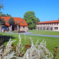 Hotel Pictures: Country House Barkow-Ausbau 2035, Kritzow