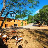 Hotel Pictures: Country House Sant Miquel de Fluvià 3045, San Miguel de Fluviá