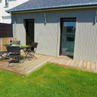 Hotel Pictures: Holiday Home Saint Coulomb 4775, Rothéneuf