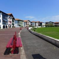 Hotel Pictures: Apartment Urrugne 4909, Urrugne