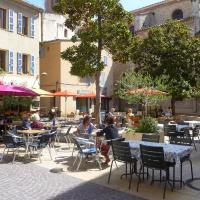 Hotel Pictures: Apartment La Ciotat 4785, La Ciotat
