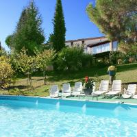 Hotel Pictures: Holiday Home Pierrevert 4234, Pierrevert