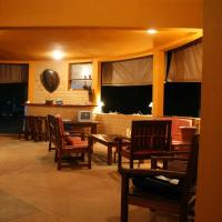 Hotel Pictures: Bungalow 18, Assinie