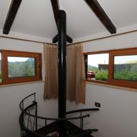 One-Bedroom Apartment - Split Level