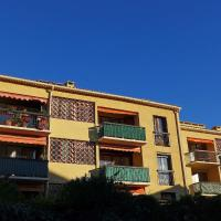 Hotel Pictures: Apartment SAINT CYR SUR MER 4847, Saint-Cyr-sur-Mer
