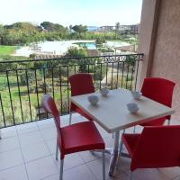 Hotel Pictures: Apartment Les Marines de Gassin 4217, Grimaud