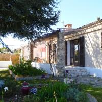 Hotel Pictures: Holiday Home Six Fours Les Plages 4110, Six-Fours-les-Plages