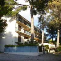 Hotel Pictures: Apartment Saint Cyr Sur Mer 4290, Les Lecques