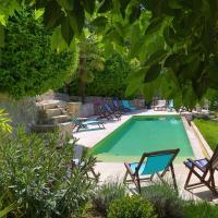 Hotel Pictures: Mas Des Baussiers, Saint-Martin-de-Castillon