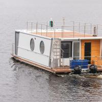 Hotel Pictures: Holiday Home De luxe twin King Houseboat 1, Jyväskylä