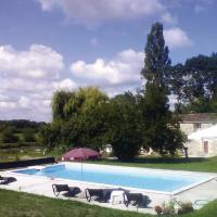 Hotel Pictures: Holiday Home Naussannes with Fireplace 11, Le Pic