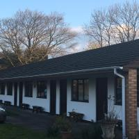 Hotel Pictures: Pinewood Lodge, Ibstock