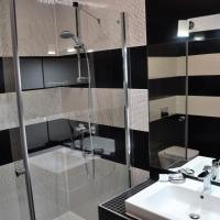 One Bedroom Apartment 7