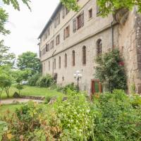Hotel Pictures: Le Prieuré, Chaumont-le-Bourg