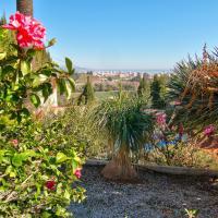 Hotel Pictures: Villa Dolores, Almayate Alto