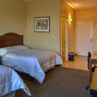 Deluxe Studio with Two Double Beds