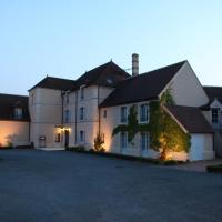 Hotel Pictures: Hôtel de L'Orangerie, Bonnat