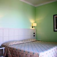 Double or Twin Room with Country View