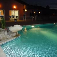 Hotel Pictures: Hôtel d'Occitanie, Pont-du-Casse