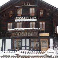 Hotel Pictures: Appartment Chalet Sonnenheim, Kandersteg