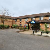 Hotel Pictures: Days Inn London Stansted Airport, Bishops Stortford