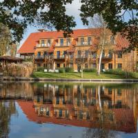 Hotel Pictures: Hotel Strandhaus - Zimmer & Suiten im Spreewald, Lübben