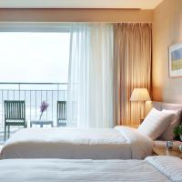 Deluxe Twin Room with Ocean View