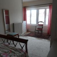 Hotel Pictures: Appartements Yzeures Sur Creuse, Yzeures-sur-Creuse