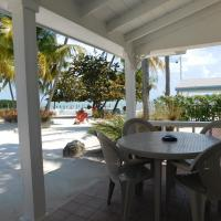 Oceanfront Cottage Style Room