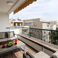 Ben Yehuda/Nordau – Spacious Two Bedroom with Balcony