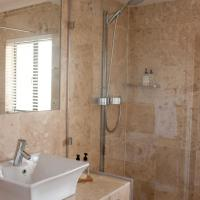 King or Twin Room with Outside Bath