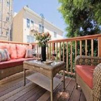 Genoa Place Apartment - Upper