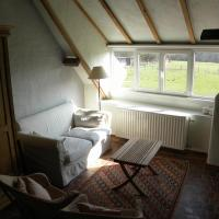 Holiday Home (8 Adults)