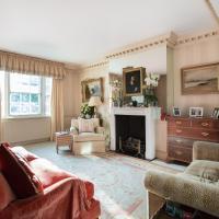 Three-Bedroom Apartment - Markham Square